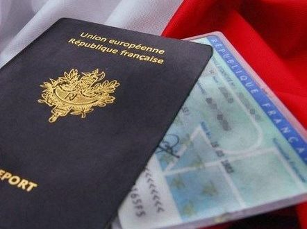 Carte Passeport.Carte D Identite Et Passeport Mode D Emploi Et Delais