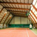 Changement de l'éclairage du court couvert de tennis